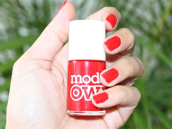 Arrêtez tout !! J'ai le vernis à ongles rouge parfait et à moins de 6 euros - Poulette Blog