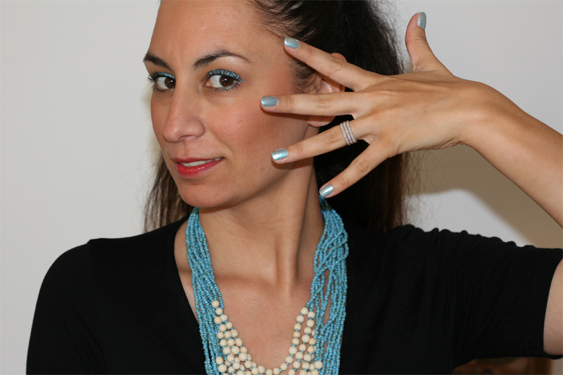 Découverte du make-up Artdeco et coup de coeur pour le bleu - Poulette Blog