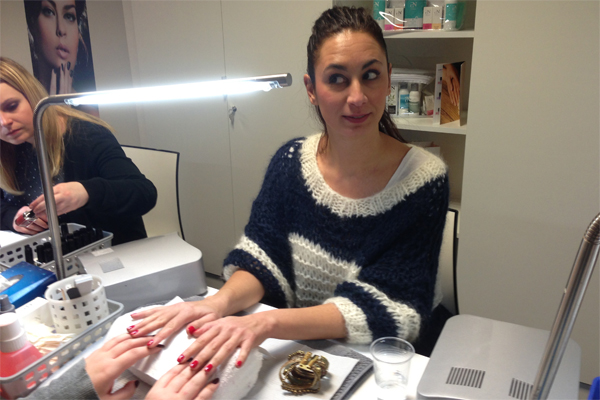 Pronails, des vernis à ongles de pro à la maison - Poulette Blog