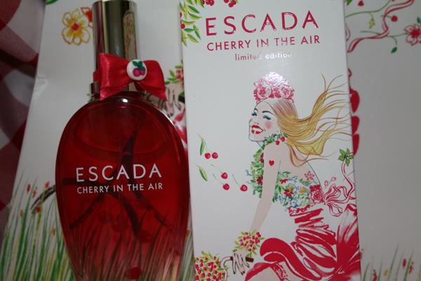 Deviens Une Cherry Girl Avec Le Nouveau Parfum Escada Concours
