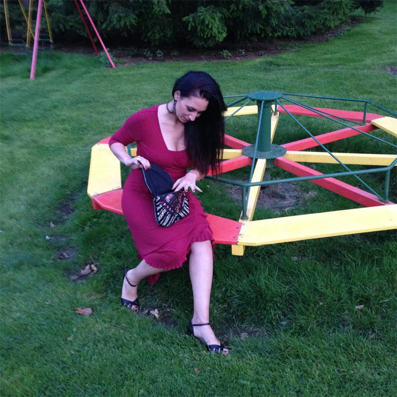 Petite robe pour jeune maman, mais pas que ! - Poulette Blog