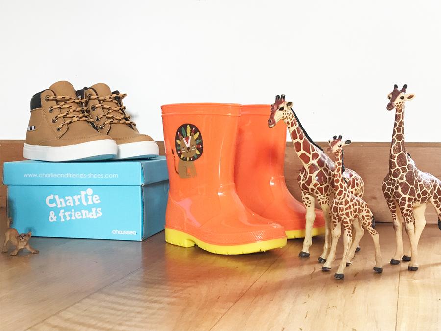 b65716cb2278c Mais aussi une paire de boots-baskets camel